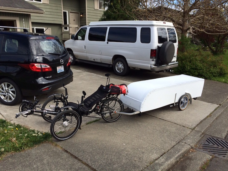 Collapsible bicycle camper