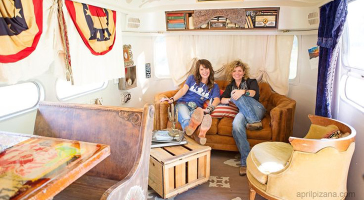 Junk Gypsy Gals Style Airstreams For Celebrities Miranda Lambert, Dierks Bentley And Billy Joe Armstrong
