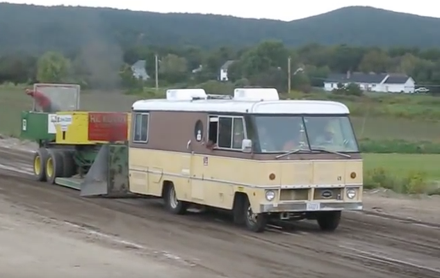 Motorhome Joins In A Tractor Pull, Surprises Onlookers