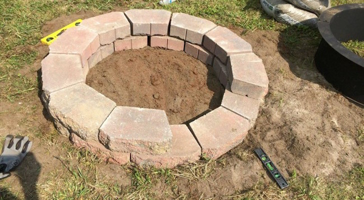 How To Make A Backyard Fire Pit For Under $140