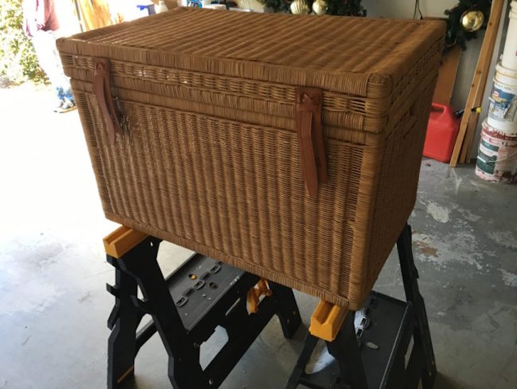 Simple wicker chest