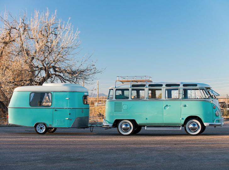 VW Transporter with Eriba Puck