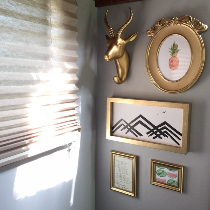 Wall decorations in RV