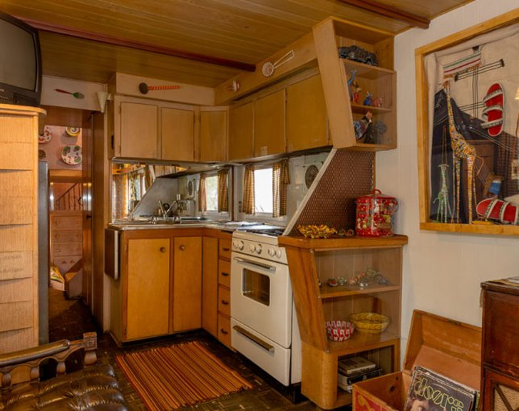 Two story travel trailer a mid century treasure for Beauty queen kitchen cabinets