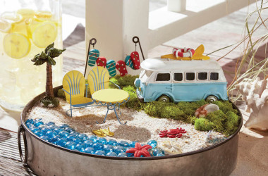Picture Of The Day: Volkswagen Camper Diorama
