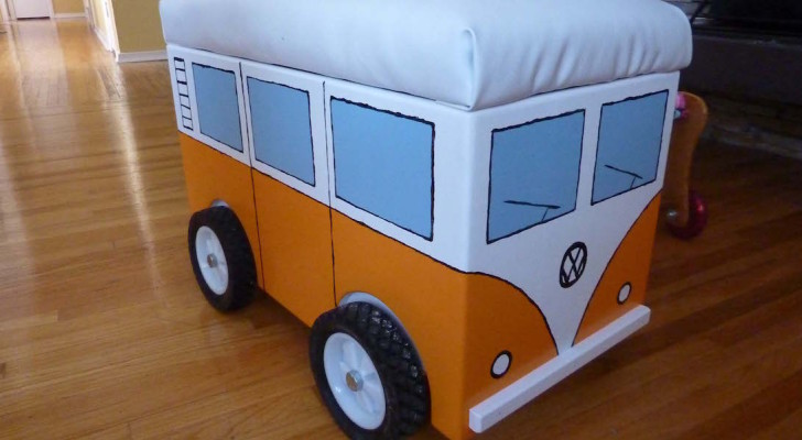 Picture Of The Day: Homemade Volkswagen Camper Van Storage Bin