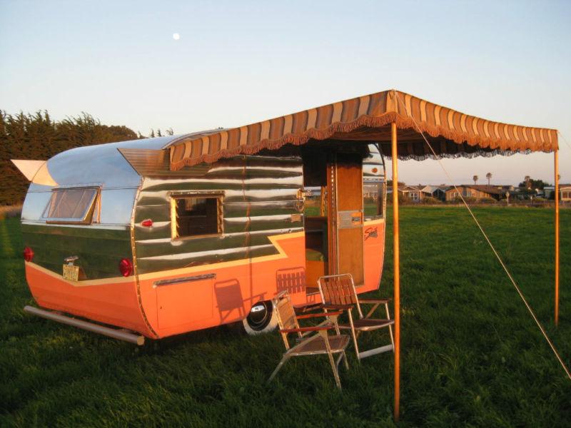 martisawnings-trailers-vintage2
