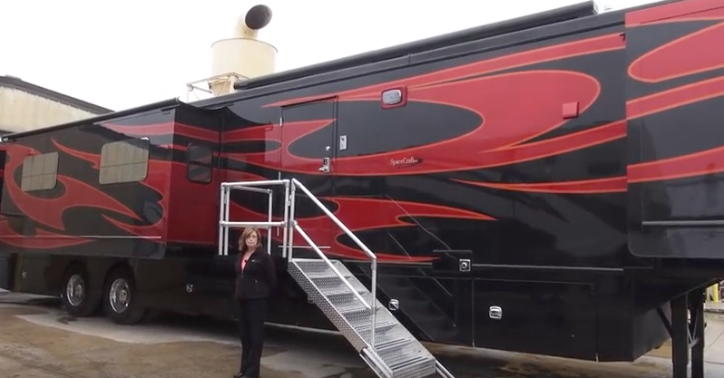 Space Craft Rv Makes This Custom 57 Foot Fifth Wheel Trailer