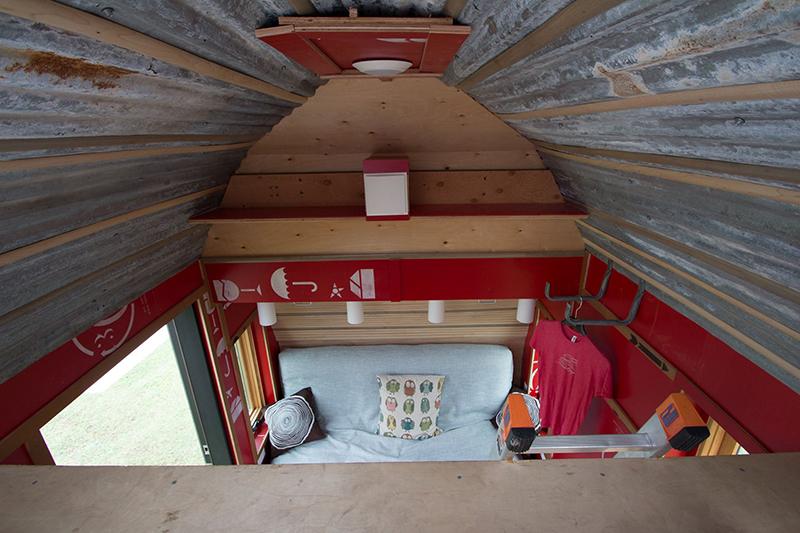 TinyDrop-camper-TendBuilding-bed