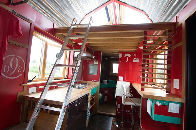 TinyDrop-camper-TendBuilding-loft