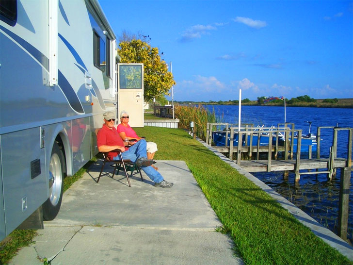 waterfront campers