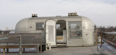 Vintage Airstream On Top Of A Chicago Building Will Make You Do A Double Take