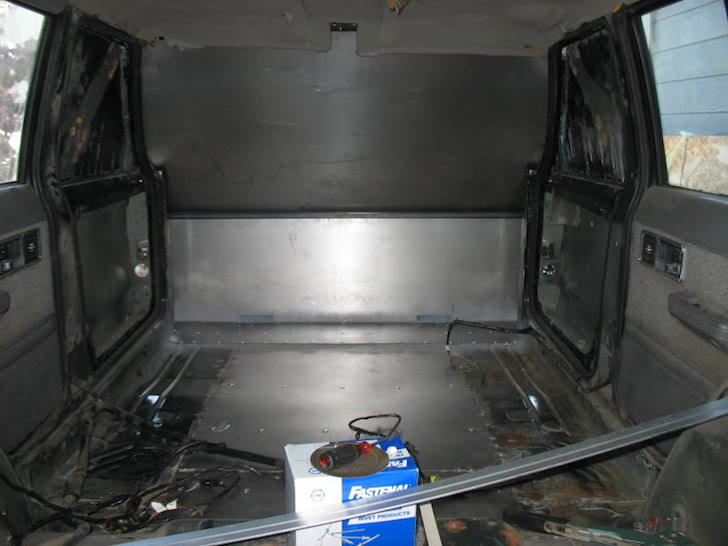 Jeep trailer not finished