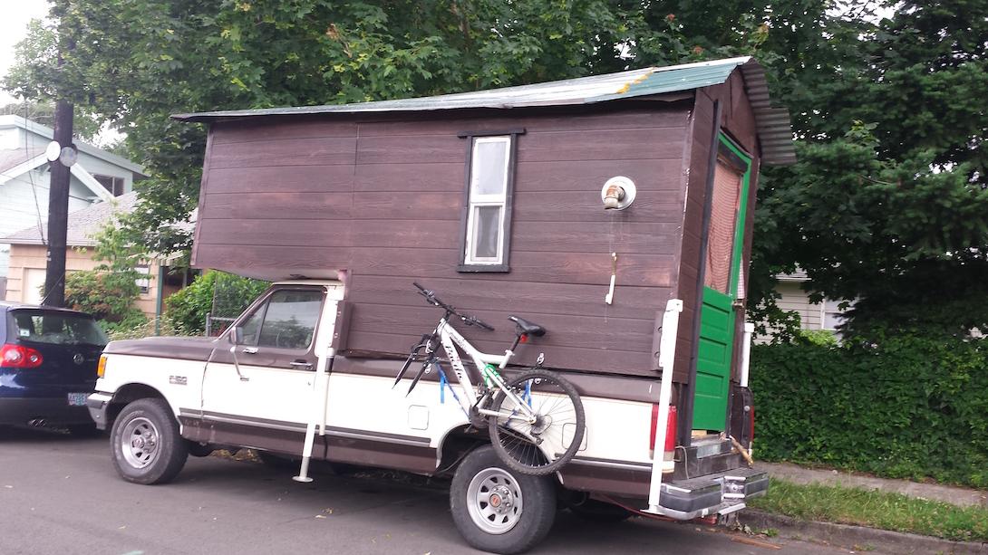 Side profile of non stealth mobile cabin