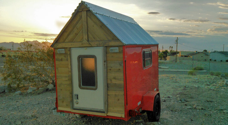 Vintage avion camper restored as a boaterhome for Rv square footage