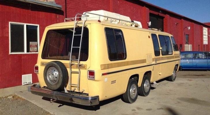 It's A Golden Brown 1976 GMC 260 Motorhome