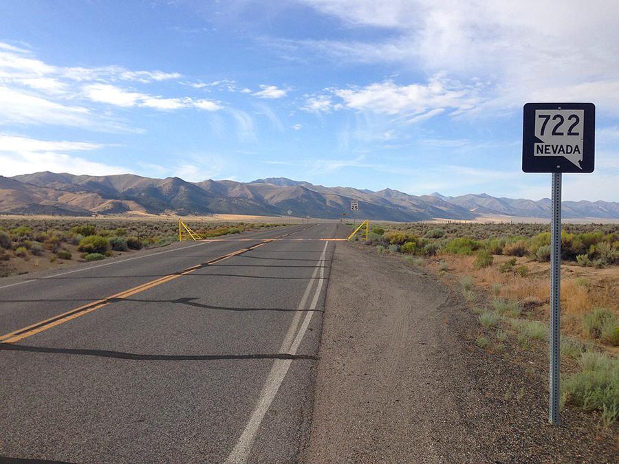 Highway722-Nevada-LonelyRoad