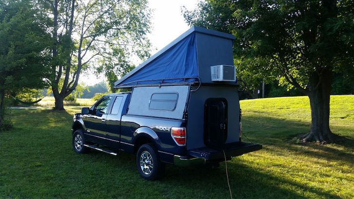 Truck pop up camper