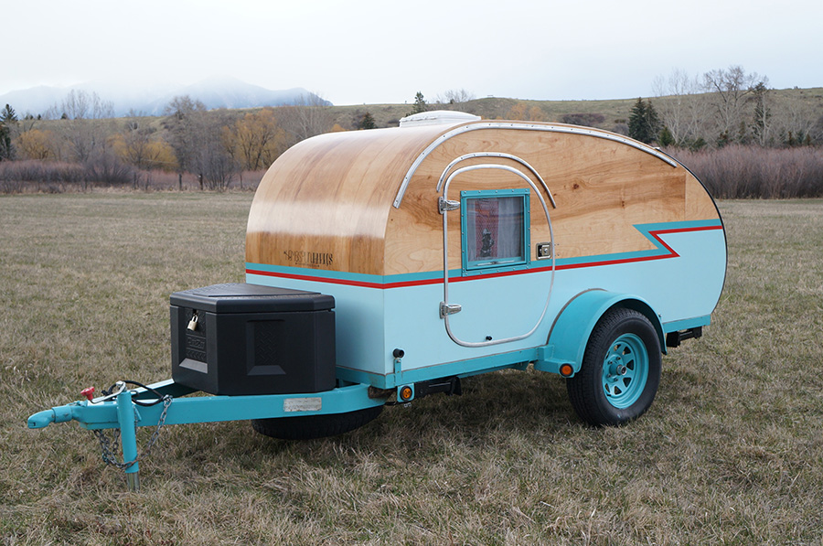 Teardrop Trailer Kit 8 Cubby : Montana artists build teardrop trailer from recycled auto