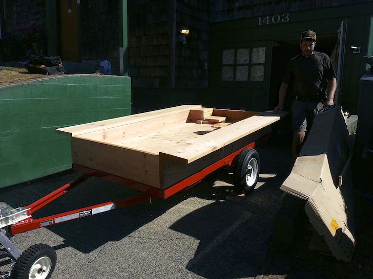 Platform on Harbor Freight trailer