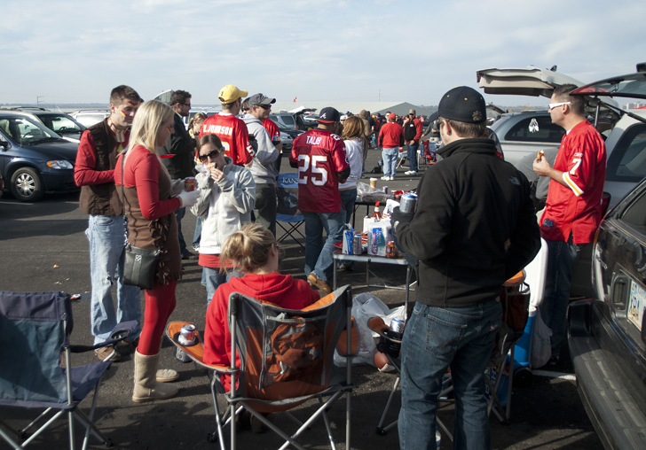12 Of The Best Places For Rv Tailgating For Football Season