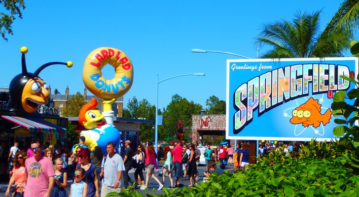 """Visiting The Real Life Springfield From """"The Simpsons"""" At Universal Studios"""