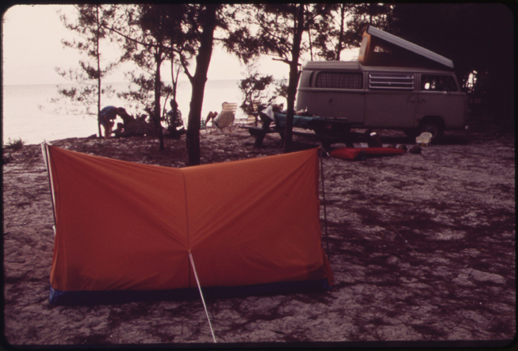 vintage photos of RVs