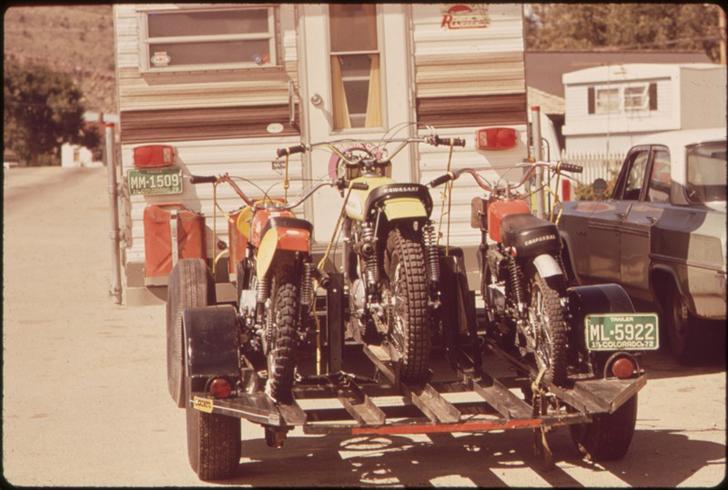 vintage photos of RVs