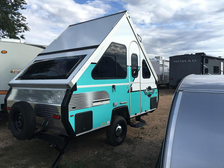 Retro Style Limited Edition Aliner Pop Up Campers
