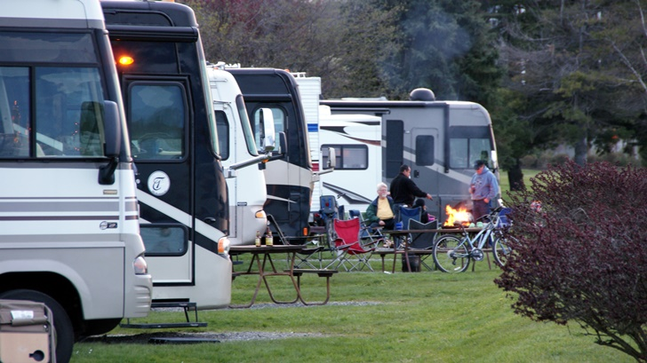 reasons RVing