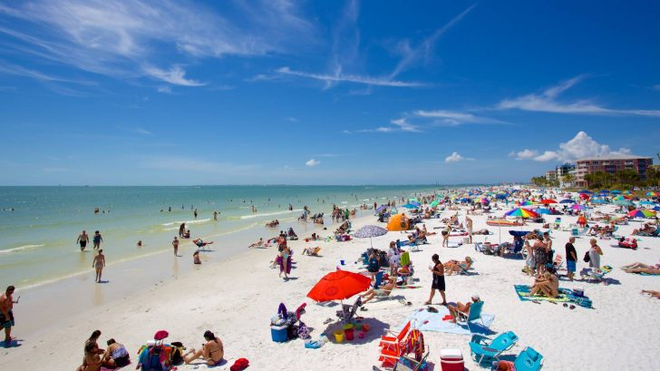 The 10 best places to go rving during the winter for Warmest florida beaches in december