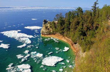 8 Scenic Places You'll Fall In Love With In The Midwest
