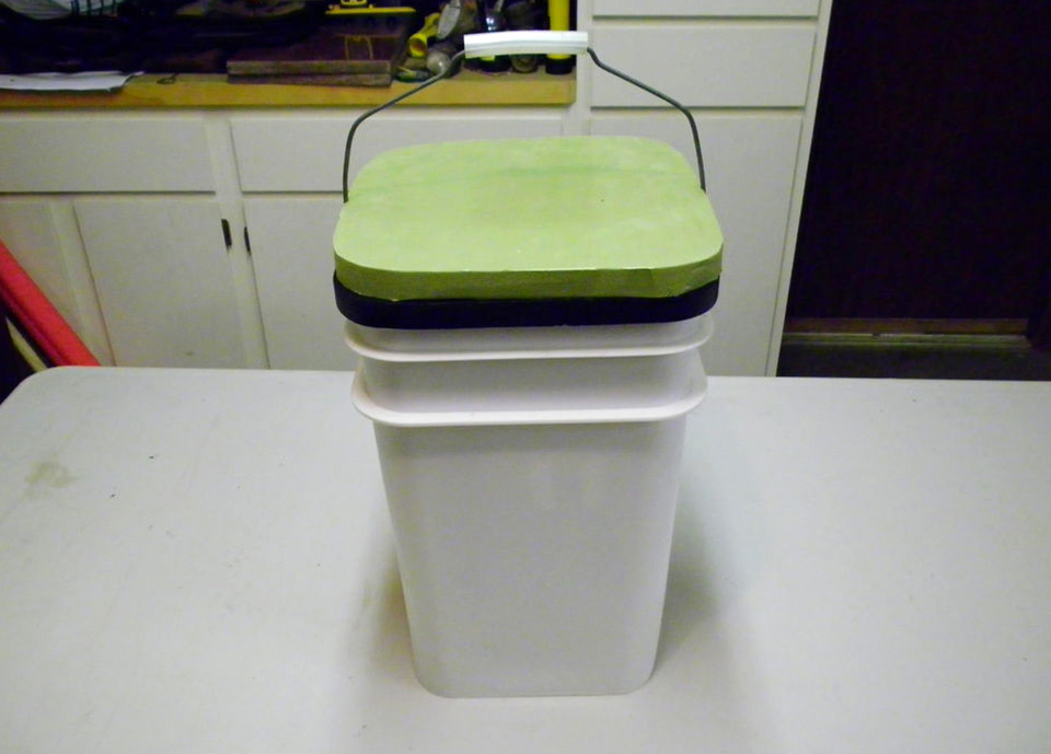 5 Ways To Use A 5 Gallon Bucket In Your Rv