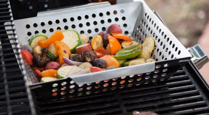 Perfect Your Grilling Game With These 10 Must-Have Accessories