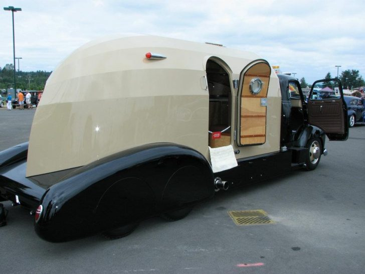 Truck Cab Inside >> 1954 Chevrolet COE Tourliner Is An Amazing Custom Build