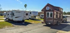 Tiny Houses vs RVs: Which One Is Right For You?