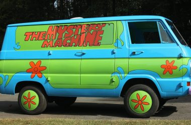 This Mystery Machine Van Is Every Scooby Doo Lover's Dream