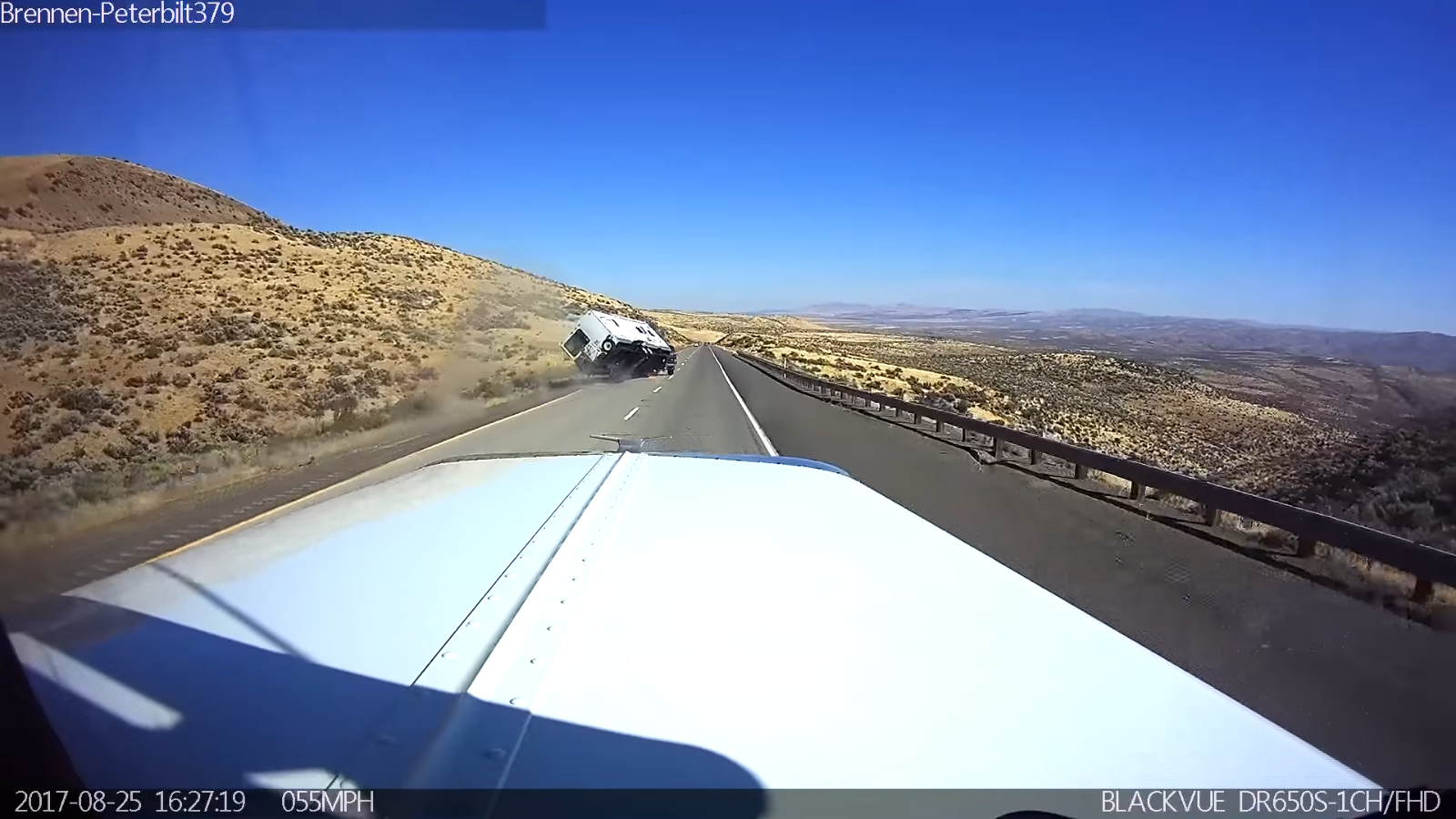 trailer crash video
