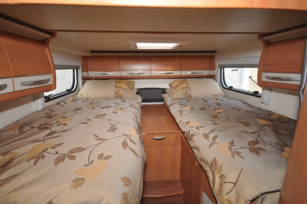 How Much Do Rvs Cost >> 8 Easy RV Interior Makeover Ideas For Motorhomes & Trailers
