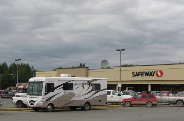 Essential Rules To Dry Camping In A Parking Lot