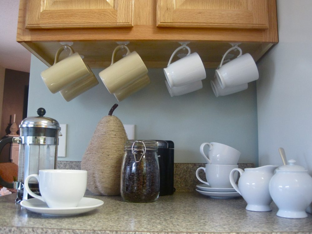 10 Ways To Use Command Hooks In Your Home And Rv
