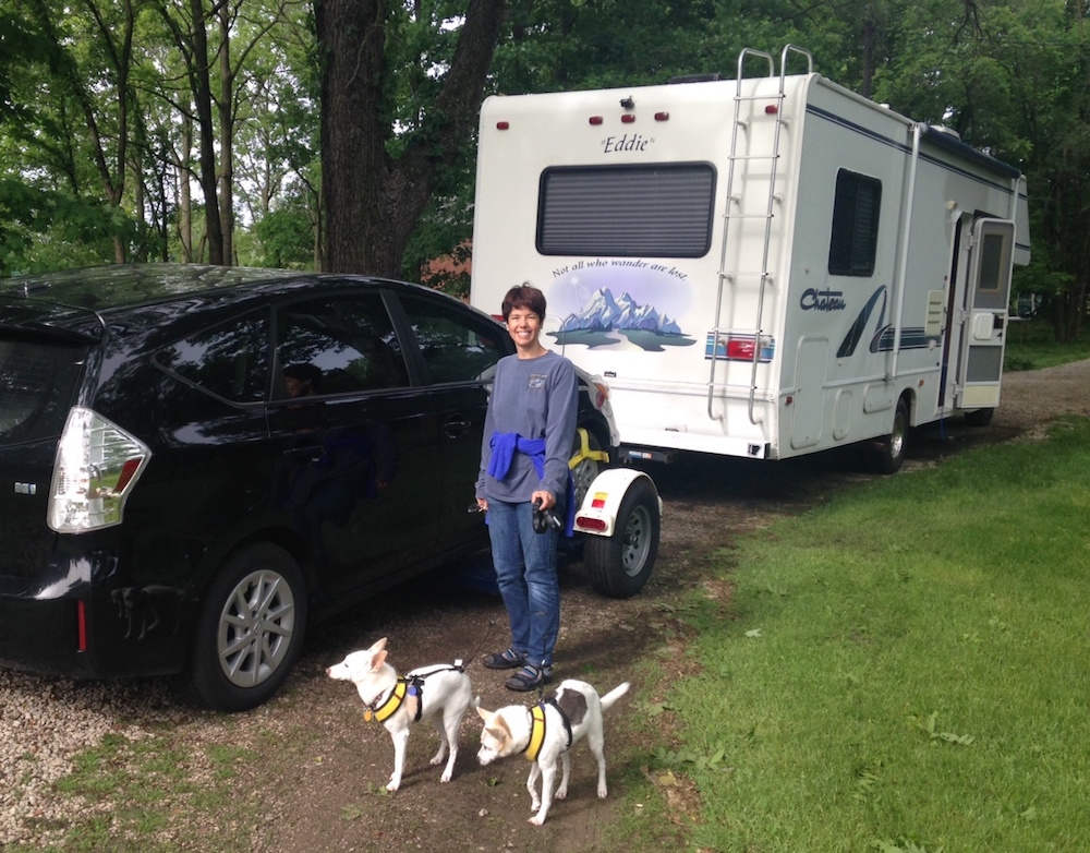 Hitting the Road with Elder Pups - RV'ing with an Elderly or Sick Pet