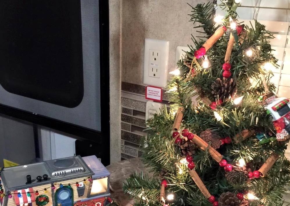 Rv Friendly Christmas Tree Ideas
