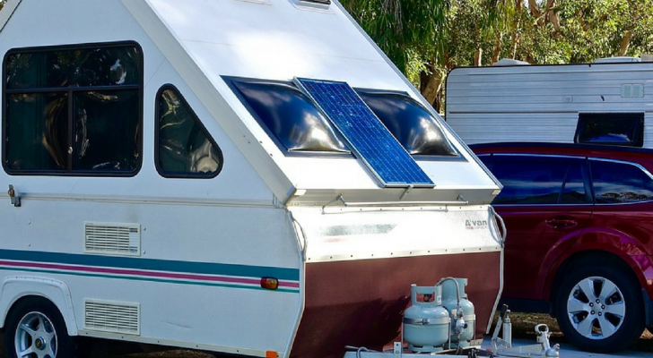 5 Reasons You Should Use Solar Power Instead Of A Generator