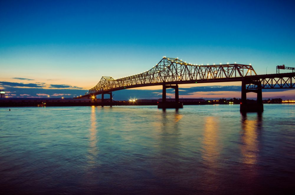 15 Best Places To See Along The Mississippi River