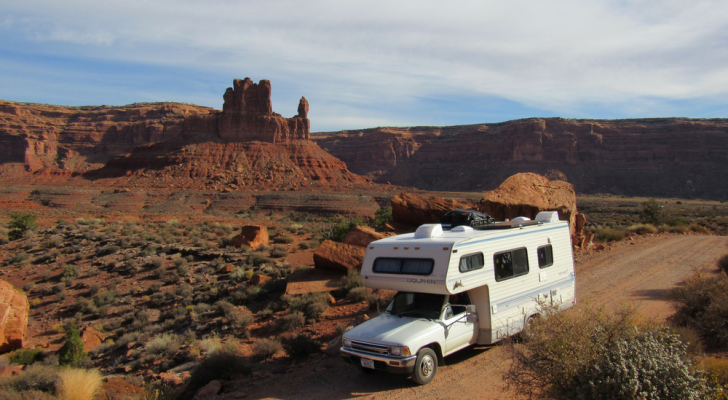 Why You Should Never Buy An RV Brand New