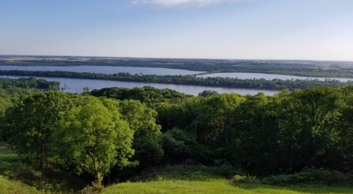 Take This Scenic Road Trip Along The Mississippi River