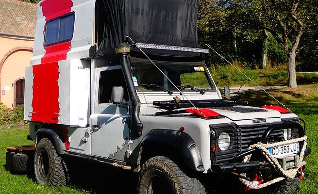 This Land Rover Transforms Into A Unique Camper