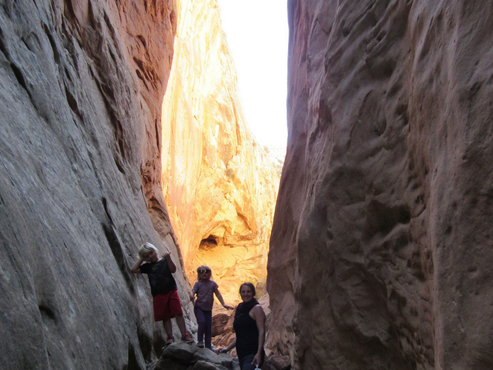 capital_reef_slot_canyon