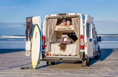 Want To Explore Canada? Check Out These Double Bunk Rental Vans